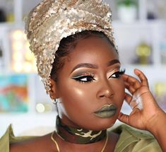 What a beauty! Makeup For Black Skin, Full Face Makeup, Skin Makeup, Beauty Makeup, Hair Beauty, Thick Brows, House Of Beauty, Ebony Beauty, Eyeshadow Looks