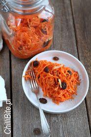 ChilliBite.pl - motywuje do gotowania!: Marchewka kiszona z imbirem i miodem Good Food, Yummy Food, Kimchi, Preserves, Macaroni And Cheese, Food And Drink, Honey, Healthy Eating, Menu