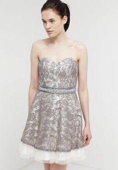 Das perfekte Kleid für deinen märchenhaften Auftritt. Laona Cocktailkleid   festliches  Kleid - frost grey light beige für 52,95 € (08.02.16) ... a65093b4e9