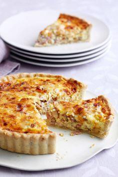 Quiches, Bacon Quiche, Portuguese Recipes, Cookbook Recipes, Delish, Muffin, Food And Drink, Baking, Breakfast