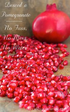 **THIS TOTALLY WORKS! This trick totally changed our pomegranate consumption. I buy them all the time now. How to De-Seed a Pomegranate – in Less than a Minute, No Fuss, No Mess, No Water! Healthy Snacks, Healthy Eating, Healthy Recipes, Fruit Recipes, Cooking Recipes, Mexican Recipes, Baking Tips, Fruits And Veggies, Food Hacks