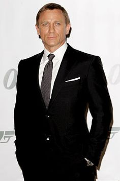 Daniel Craig in a Tom Ford suit.