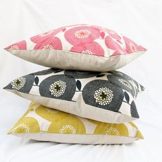 our house is in desperate need of some throw pillows. how lovely these look.