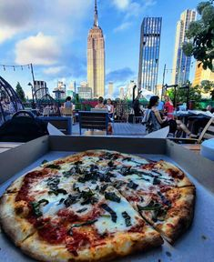 New York pizza ? . . Photo credit newyork_through_my_eyes #230fifthrooftop #230fifth #rooftopbars #igloobar #manhattanbar #nycrooftop #nycrooftops #coolbars #rooftoprestaurant #happyhournyc #empirestatebuilding #nyc #manhattan… Manhattan Bar, Rooftop Bars Nyc, Pizza Photo, New York Pizza, Rooftop Restaurant, Cool Bars, Empire State Building, Photo Credit, My Eyes