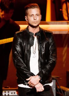 Ryan Tedder so cool seeing that on the tv