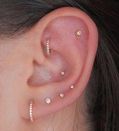 Unique Ear Piercings, Ear Piercings Chart, Ear Peircings, Types Of Ear Piercings, Piercings For Girls, Cute Piercings, Body Piercings, Inner Conch Piercing, Ear Piercings