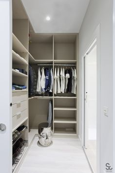 Closet Remodel, Bedroom Wardrobe, Bathroom Closet Designs, Closet Vanity, Wardrobe Organisation, Closet Designs, Narrow Closet Design, Build A Closet, Bathroom Closet