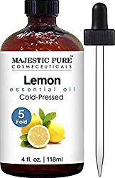 Cold pressed lemon oil (Citrus Limon) from the rinds of lemon; unfiltered and undiluted with no fillers, no alcohol or other additives. Lemon oil has a natural energizing, revitalizing and uplifting scent. Best Smelling Essential Oils, Essential Oils For Colds, Making Essential Oils, Therapeutic Grade Essential Oils, Organic Essential Oils, Lemon Essential Oils, Diffuser Blends, Oil Diffuser, Cellulite