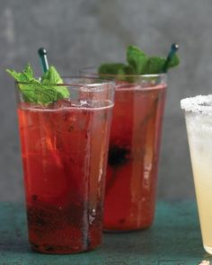 Blackberry Crush:    Ingredients        4 blackberries      1 tablespoon lemon juice      1 tablespoon Simple Syrup      1 1/4 ounces vodka      Seltzer      Ice      Mint sprig    Directions        In a glass, combine blackberries, lemon juice, and simple syrup; lightly crush berries to release their juice. Add ice and vodka; top with seltzer. Stir to combine. Garnish with a mint sprig.
