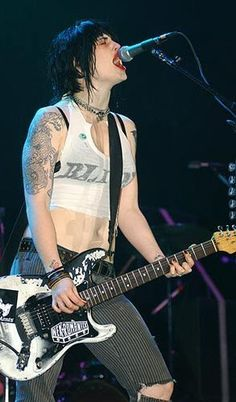 Brody Dalle of The Distillers.....Just you and me punk rock girl! #music #punk #punkrock  http://www.pinterest.com/TheHitman14/musician-punkmetal-%2B/