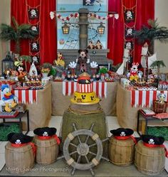 Venha se apaixonar por esta linda e encantadora Festa Mickey Piratas!!Muito amor por esta decoração!Imagens do blog Sweet Memories Party Designs.Lindas ideias e muita inspiração.Bjs, Fabíola T...