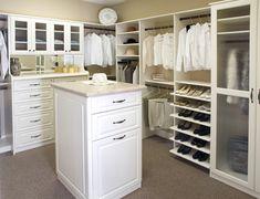 Walk-in Closet Design Ideas