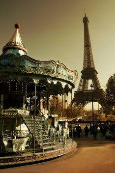 Paris, France @Emily Rhoades
