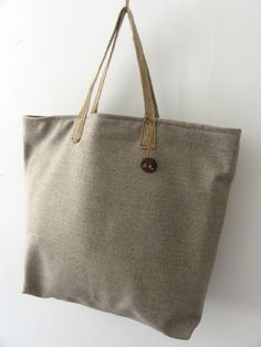 CAPTAINRYAN  detajli  Land of Nature - Woolen Tote Bag with Leather and Wooden Decorations by Captain Ryan