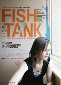 Fish Tank, scheda del film diretto da Andrea Arnold, con Michael Fassbender, Katie Jarvis, leggi la trama e la recensione, guarda il trailer e la locandina, lascia un commento, scopri la data di uscita al cinema