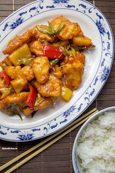 Chicken sweet and sour- Huhn süß-sauer A classic, sweet and sour chicken. Asian Recipes, Healthy Recipes, Ethnic Recipes, Sausage Recipes, Chicken Recipes, Plats Healthy, Sweet N Sour Chicken, Cooked Chicken, Evening Meals