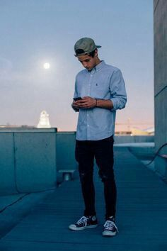 Read Chapter 17 from the story Texting Cameron Dallas by kaylinareyes with reads. Cameron Alexander Dallas, Look Man, Men Photoshoot, Photography Poses For Men, Magcon Boys, Mens Clothing Styles, Sexy Men, Streetwear, Men Casual