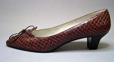 Shoes 1961   #TuscanyAgriturismoGiratola