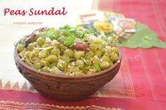 Green Peas Sundal / Pattani Sundal http://www.tastyappetite.net/2014/09/peas-sundal-green-peas-sundal-pattani.html