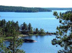 Upeimmat valtion maat ja vedet ovat on kansallispuistoissa. Kuva on Linnansaaren kansallispuistosta Saimaan Haukivedeltä.