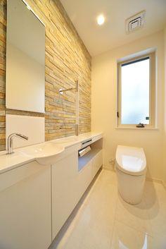 Alcove Bathtub, Toilet, Windows, Interior, House, Bedroom, Sunroom, Home Decor, Bathroom