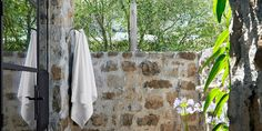 If you're looking for inspiration to seriously upgrade your backyard, you need to check out these stunning outdoor shower designs from our archives. Outdoor Rooms, The Great Outdoors, Beautiful Homes, Room Decor, Backyard, Universe Quotes, Shower Designs, House, Porches
