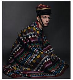 photo by solve sundsbo via icy la mode Ethnic Fashion, Mens Fashion, High Fashion, Editorial Photography, Fashion Photography, Mens Attire, Hat Hairstyles, Dashiki, Gorgeous Men