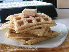 Churro Waffel, ideali per la colazione del mattino, sono golosi e deliziosi e ricoperti, ancora caldi, da un croccante strato di zucchero e cannella ....