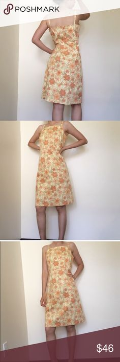 Vintage tropical Tommy Bahama dress from the 80s🌻 Vintage tropical Tommy Bahama dress from the 80s🌻Feel like an island queen in this Eros Botanical Sleeveless midi dress🙌🏻 96% cotton, form fitting yet comfy. Stunning florals are featured throughout. Size 6. #floral #print #pattern #flowers #hawaii #hawaiian #dress #formal #casual #vacation #summer #getaway #retro #vintage #vintagedress #80s #tommybahama #tropical #island #beach #sunshine #strech #depop #depopfamous Tommy Bahama Dresses…