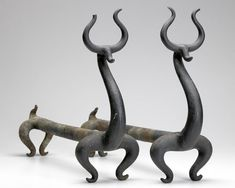 Russell Wright / Zoomorphic cast iron andirons - gorgeous metal works of art Russel Wright, American Modern, Fireplace Accessories, Iron Work, Decorating Tools, Decoration, Metal Art, Precious Metals, Decorative Accessories