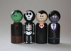 Scary Guy Peg Doll Set by kaisDOLLhouse on Etsy, $28.00