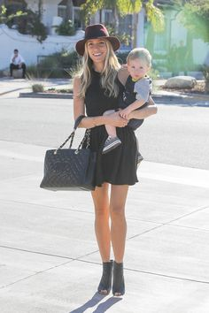 Kristin was spotted with Camden leaving Taverna Tony Restaurant in Malibu on September 28.