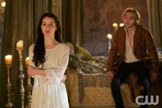 "Reign -- ""Forbidden"" -- Image Number: RE215a_0396.jpg -- Pictured (L-R): Adelaide Kane as Mary, Queen of Scotland and France and Toby Regbo as King Francis II -- Photo: Sven Frenzel/The CW -- © 2015 The CW Network, LLC. All rights reserved.pn"