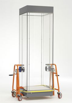 Glass case truck #museum #case #artdisplay www.10-31.com www.artdisplay.com