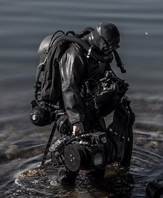 Swedish Navy Clearance Diver wearing IS-MIX mixed gas rebreather