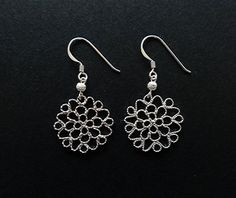 Lace flower pierce #CRAFTkikuno  #silver #jewelry  #necklace