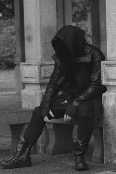 Welding the Punk into Cyberpunk Moda Cyberpunk, Cyberpunk Fashion, Mode Inspiration, Character Inspiration, Mode Sombre, Steampunk, Post Apocalyptic Fashion, Look Man, Future Fashion