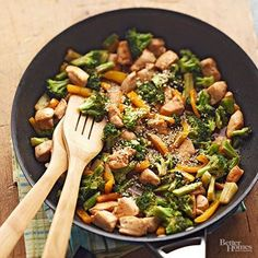 Using shredded lettuce instead of rice adds a pleasant crispness and lightness to this low-calorie stir-fry.