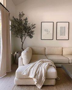 Home Living Room, Apartment Living, Living Room Designs, Living Room Decor, Dream Home Design, Home Interior Design, House Design, Living Room Inspiration, Home Decor Inspiration