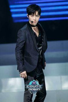 170112 Mnet M! Countdown: 전진
