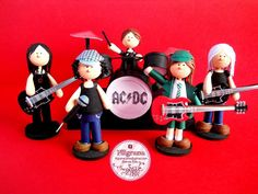 Mini Band - Quilled by Brenda Soto