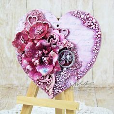 Mixed media little heart Vintage Valentines, Valentine Crafts, Canvas Collage, Diy Crafts For Home Decor, Iron Orchid Designs, Pine Cone Crafts, Heart Crafts, Cool Diy Projects, Mixed Media Canvas