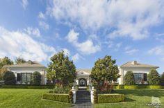 Celeb house for sale: Wayne Gretzky's California estate #TheGreatOne