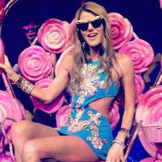 #AnnaDelloRusso #Paris #Fashionweek #H #ParadisLatin # CrazyNight.. - @nanettinez- #webstagram