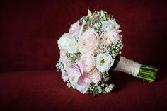 Hochzeit Schloss Mattsee Brautstrauß Ethnic Recipes, Registry Office Wedding, Floral Headdress, Engagement