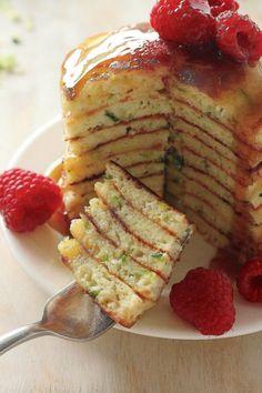 Healthy Zucchini and Greek Yogurt Pancakes #healthy #greekyogurt #pancakes