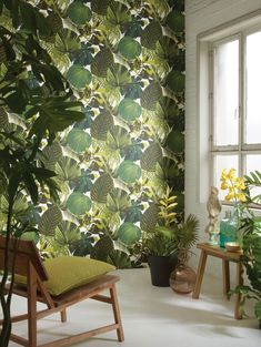 7 modern wallpaper trends to try now Botanical Wallpaper, Wallpaper Decor, Modern Wallpaper, Wallpaper Online, Fabric Wallpaper, Designer Wallpaper, Pantone, Poster S, Home Upgrades