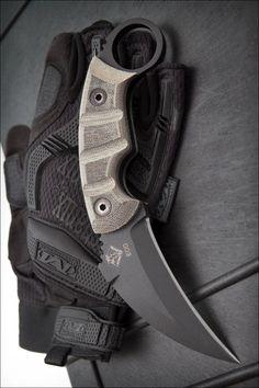 Ranger Knives 9466 EOD Karambit Fixed Combat Knife Blade