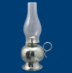 lampe a huile pewter oil lamp étain chaudron pewter Val-David QC martelé hammered métier d'art, craft