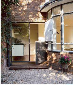 Deco Entry